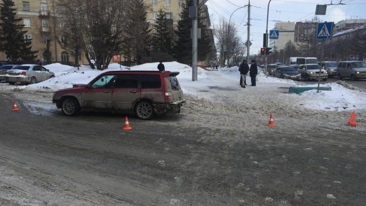 В Дзержинском районе водитель «Субару» сбил 17-летнего подростка
