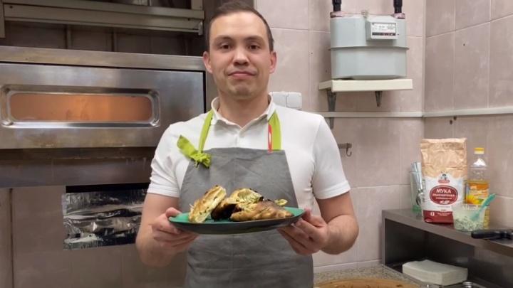 Готовим дома, как в ресторане: шеф-повар показал фирменный рецепт ярославской лепешки