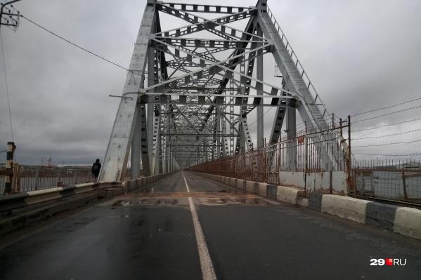 Пока нет информации, когда мост откроют