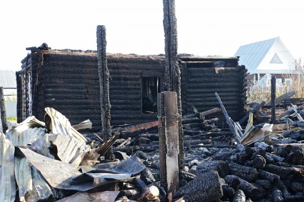 Пожар произошел в поселка Лысьва