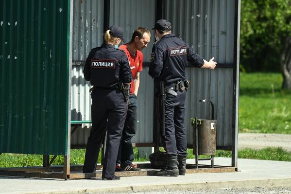 Свердловчане оправдывались перед полицейскими тем, что утомились после выходных