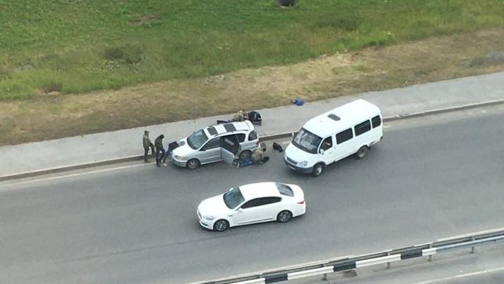 В Тюмени сотрудники ФСБ поймали ОМОНовца с крупной партией наркотиков