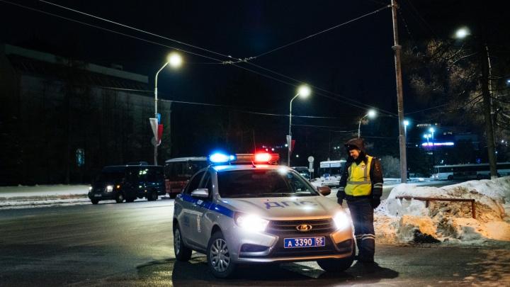 В лобовом ДТП на трассе смерти погиб водитель. Ещё троих человек отвезли в больницу