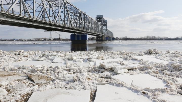 Лёд уходит, кадры остаются: что успели снять архангелогородцы с берега и над Северной Двиной