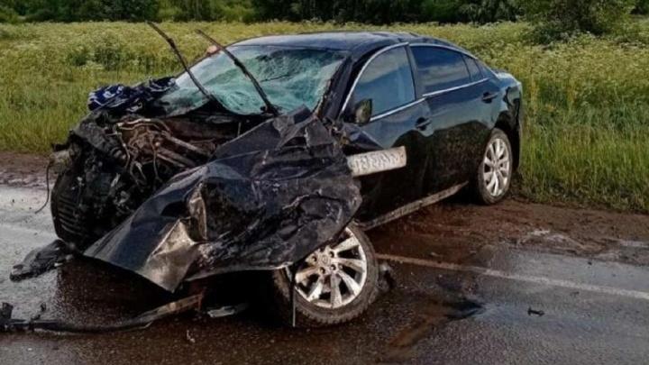В Прикамье водитель иномарки выехал на встречку и погиб в ДТП