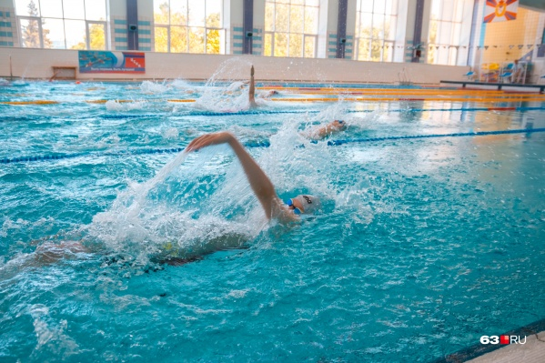 Посетителям бассейнов и фитнес-центров дали еще время для получения ковид-паспорта или QR-кода