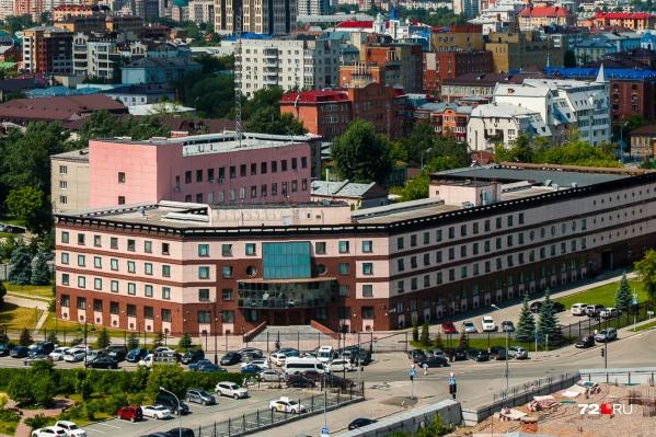 Руководителя охранного предприятия задержали оперативники тюменской ФСБ