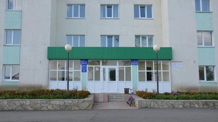 Медикам в Башкирии увеличили доплаты