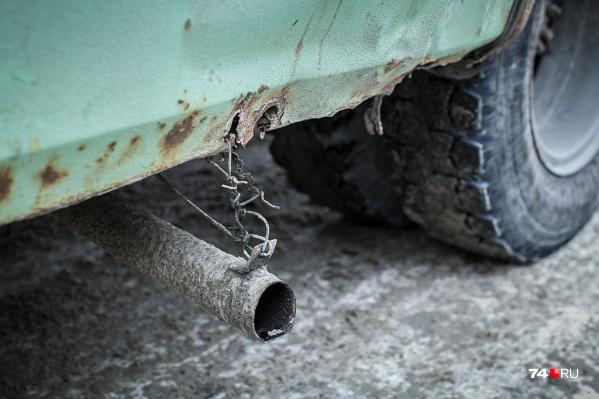 Примерно у половины автомобилей старше 10 лет отсутствует экологический класс