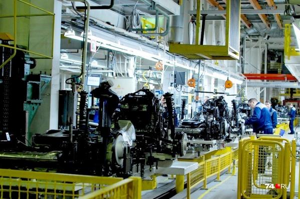 Часть предприятий уже работает, но ожидаются проблемы с компонентами