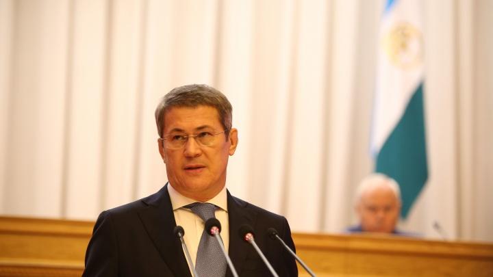 Глава Башкирии Радий Хабиров застрял в пробке из-за реконструкции Бельского моста и Салаватки в Уфе