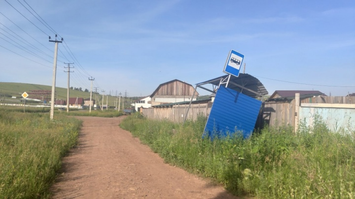 Жители 50 домов в Солонцах две недели без воды