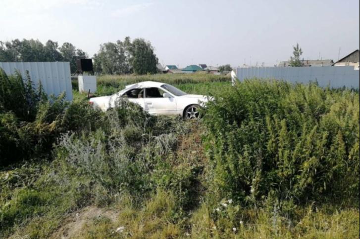 Авария произошла, когда Руслан Имангулов ехал вместе с другом.Его стаж вождения на тот момент составлял три года. За это время его 50 раз привлекали к административной ответственности за нарушения Правил дорожного движения