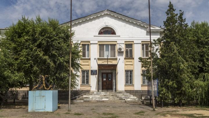 В Волгограде лицей Александра Невского присоединили к техникуму водного транспорта