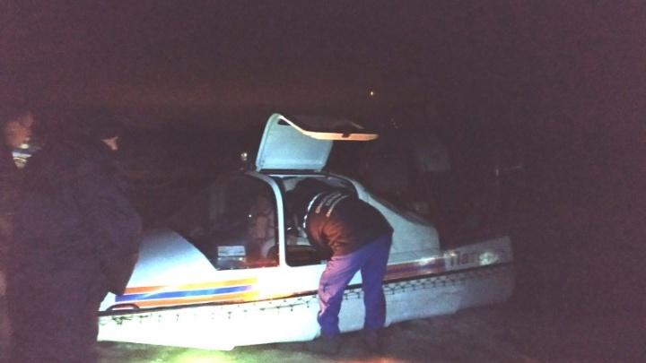 Спасатели эвакуировали с Васильевских островов парализованного рыбака
