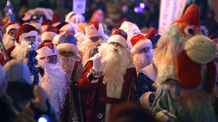 Дед Мороз без маски, тест на ковид за ваш счет и Снегурочка с антителами: что ждать от аниматоров, нанимая их на Новый год