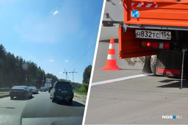 Водители в очередной раз встали в большую пробку на выезде из города — на этом участке ведутся дорожные работы