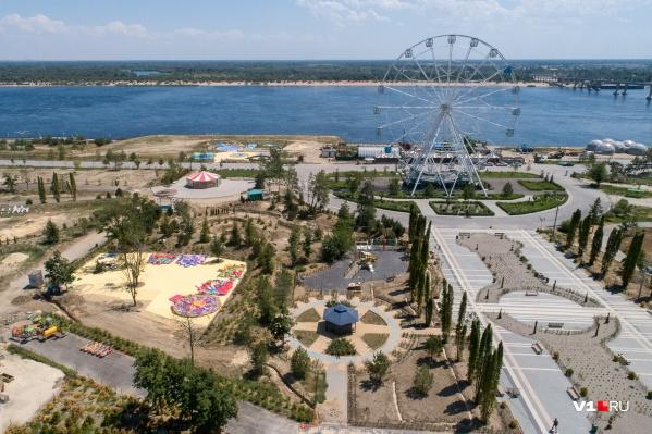 К маю 2020 года парк должны были сдать в готовом виде