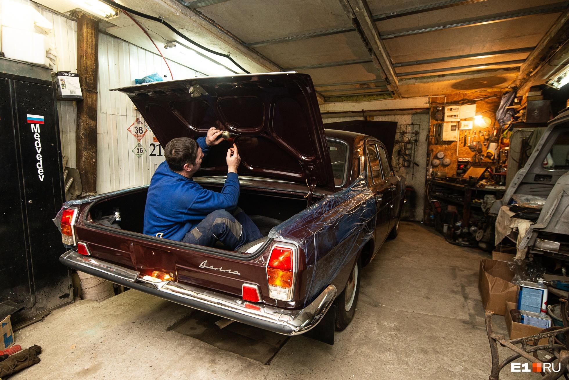 На реставрацию машины Константин потратил примерно миллион рублей