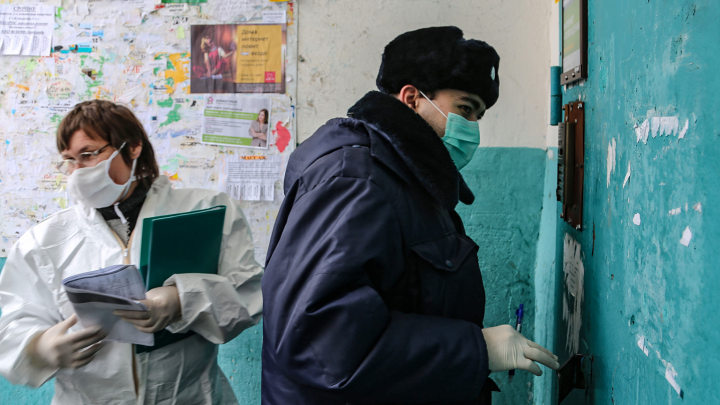 «Боимся выйти»: соседи рассказали, что происходит в доме, где обнаружили женщину с коронавирусом