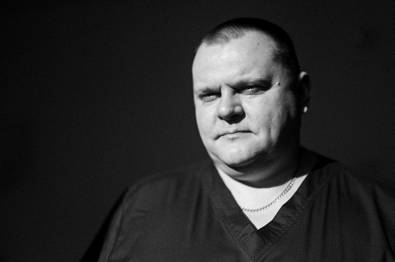 Заведующий операционным блоком Сергей Корочкин