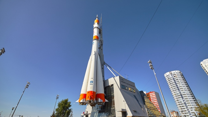 Вместо парка и планетария: в Самаре развернули строительство платной парковки у ракеты