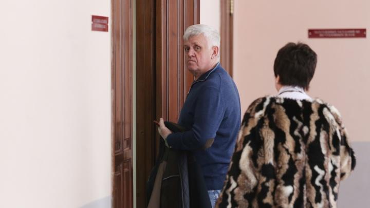 «Я помог, 1 миллион 600 тысяч! Кто ещё помог?!»: самое важное о начале суда над Андреем Косиловым