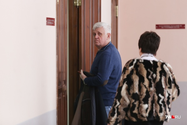 Андрей Косилов выглядит заметно осунувшимся
