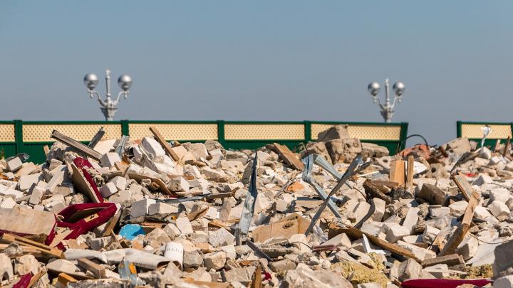 Мэр обещала убрать строительный мусор с 6-го причала