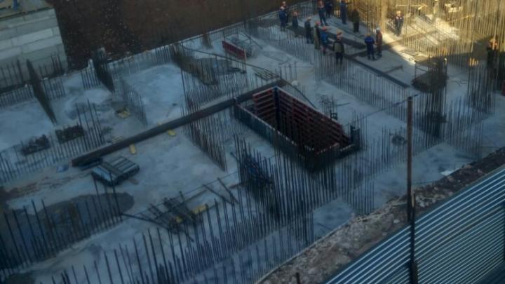 В мэрии Уфы высказались о решении суда против ПСК-6. Застройщик хочет воткнуть высотку посреди двора