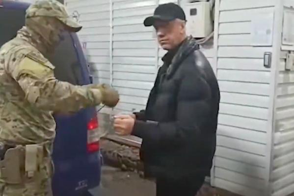 Быкова выпустили под домашний арест и тут же арестовали снова