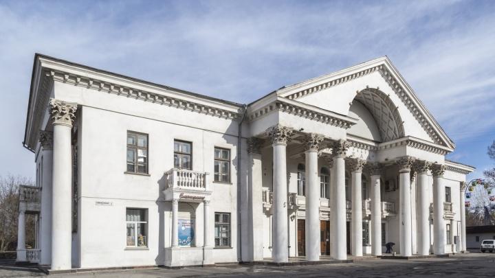 В Волгограде отменили и вновь объявили конкурс на реконструкцию кинотеатра «Победа»