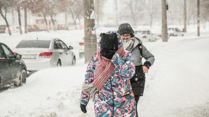 Синоптики рассказали, сколько продлится снегопад в Самарской области