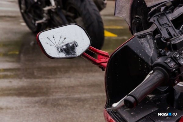 Мотоциклист столкнулся с «Нивой»