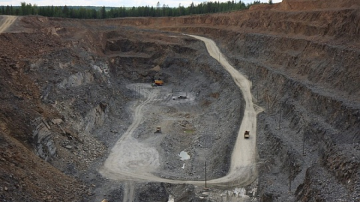 Врач ковидного госпиталя на Васильевском руднике спас мужчину, сломавшего грудную клетку