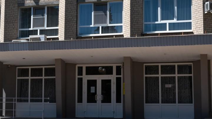 В Азове задержали главу городского ДИЗО. Против него возбудили уже второе уголовное дело