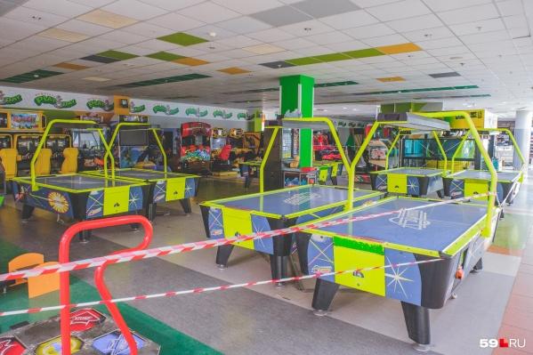 Игровые площадки в ТЦ до сих пор закрыты