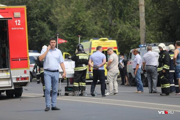 В больницу были доставлены 13 человек, трое отказались от госпитализации