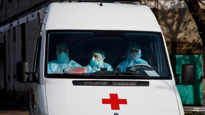 Один скончался, 92 заболели: коронавирус атакует Волгоград и область