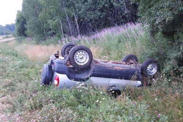 Водитель автомобиля погиб