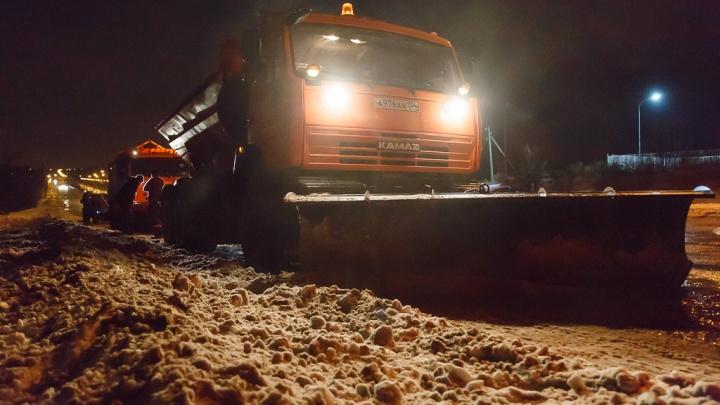 Будет дежурить 50 спецмашин: федеральные дорожники готовятся к капризу февральской погоды