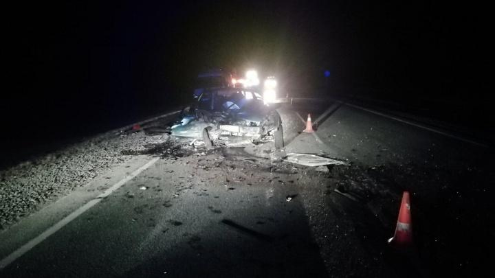 Пьяный бесправник спровоцировал смертельное ДТП с молодой семьей на тюменской трассе