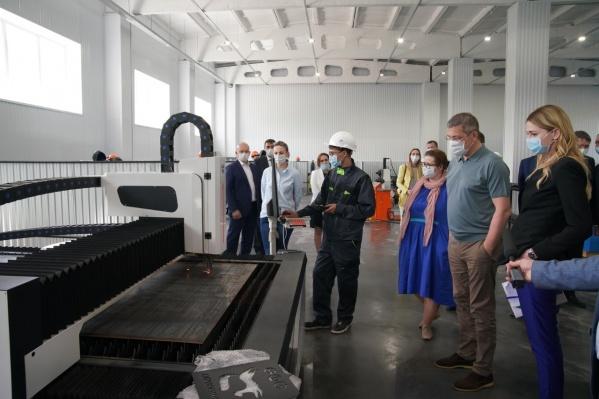 Руководитель региона считает, что продукция фабрики будет востребована