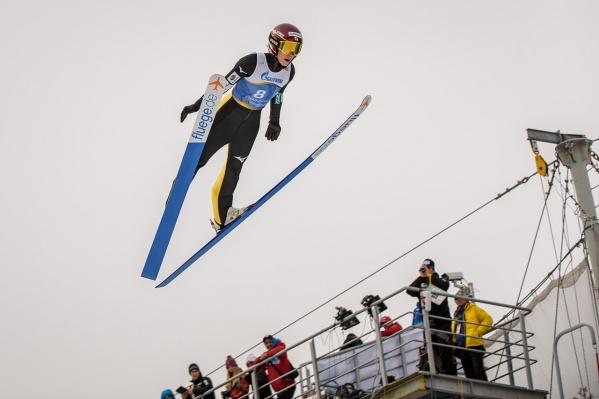 На летающих лыжниц можно будет посмотреть по телевизору