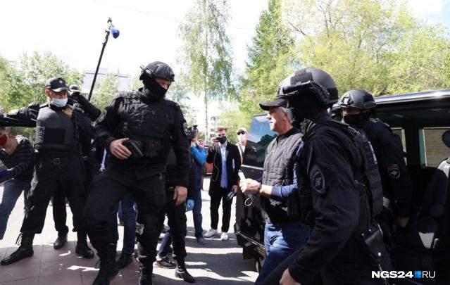 Почему уголовное дело в отношении Быкова возбудили спустя 26 лет? Ответ следователей