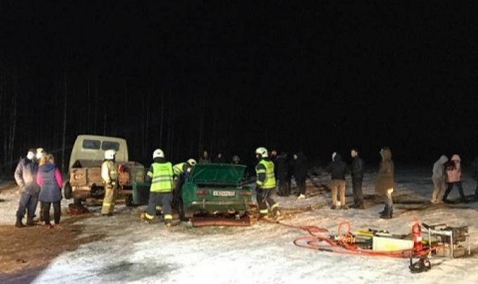 Пять человек пострадали в ДТП в несанкционированных гонках на заброшенном аэродроме под Катунино