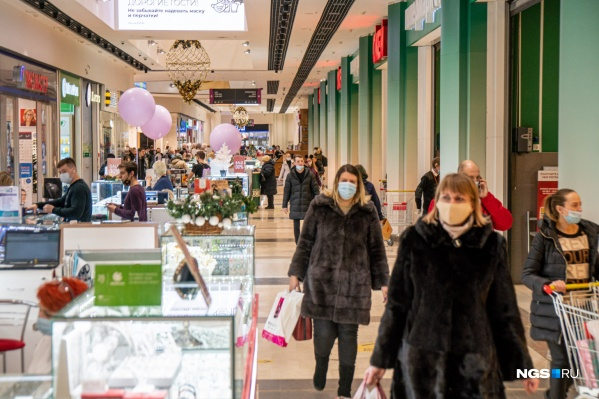 Оказывается, многие новосибирцы покупают подарки в последний момент