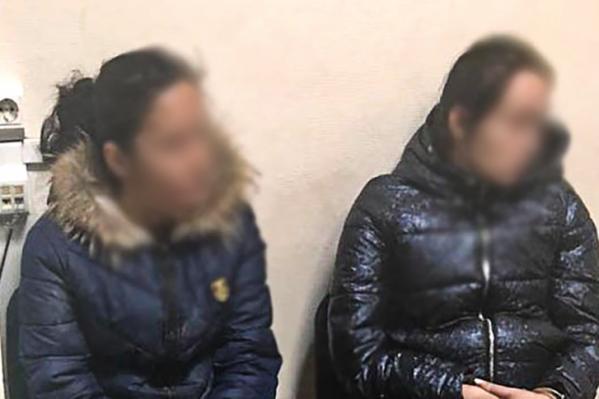 Общая стоимость имущества, похищенного подозревамыми из квартир, составляет более 500 тысяч рублей