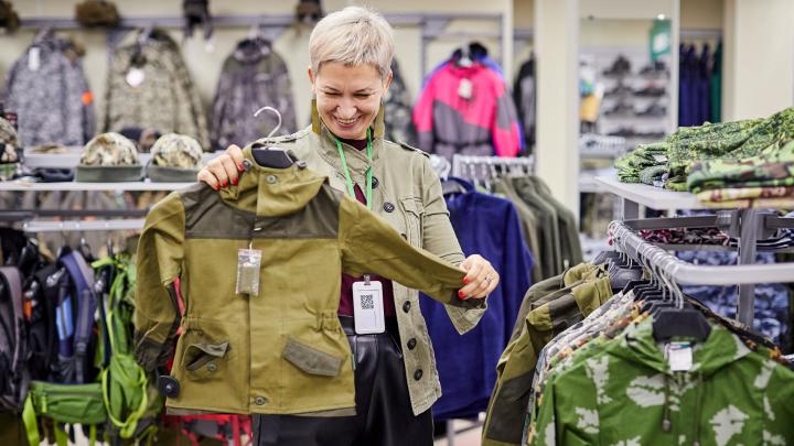 «Мужчины почти падают в обморок»: чем удивляет уральцев новый магазин для военных и туристов