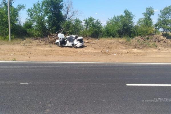 Водитель и пассажиры Renault выжили чудом